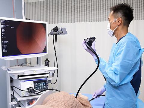 06 胃カメラ・大腸カメラの同日検査可能